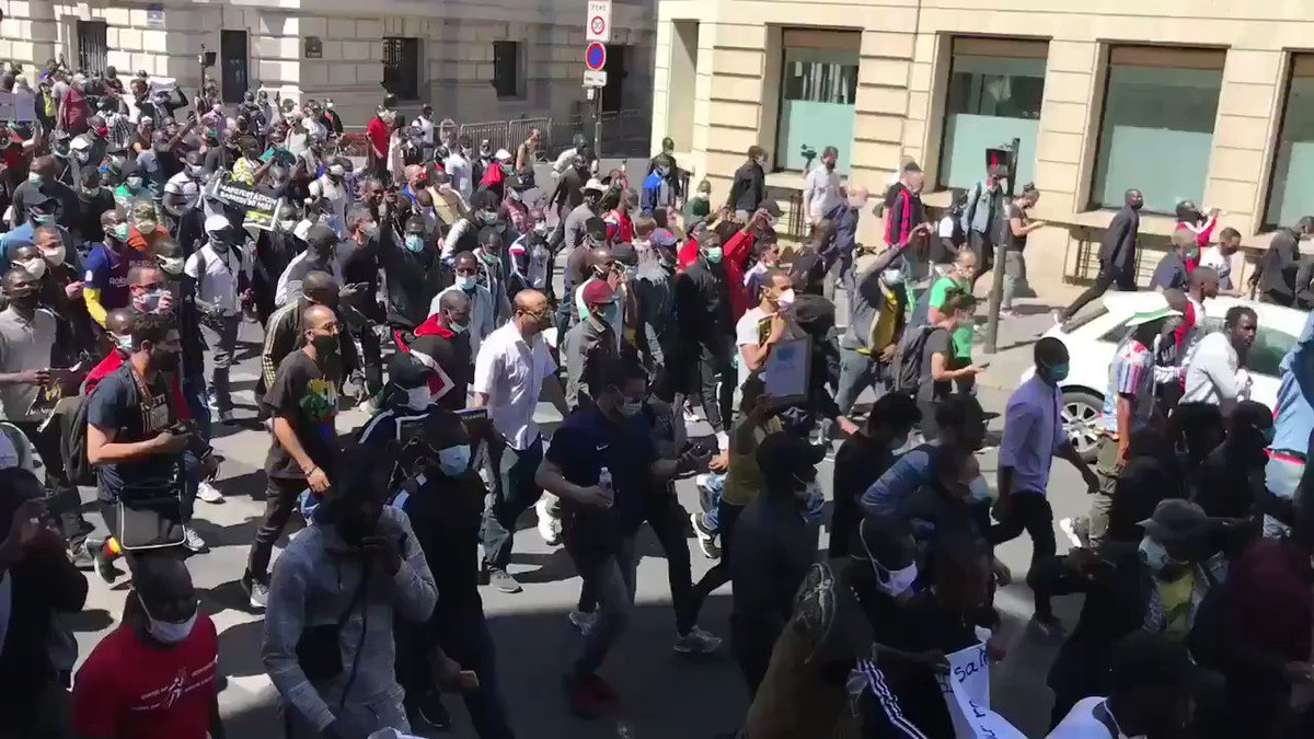 Swarms of immigrants took to streets in #Paris yesterday with the Black vest movement demanding a Permanent Resident Rights or Citizenship of France. These mostly include illegal migrants from Africa who entered Europe illegally.   pic.twitter.com/KBQ9sDHxFi