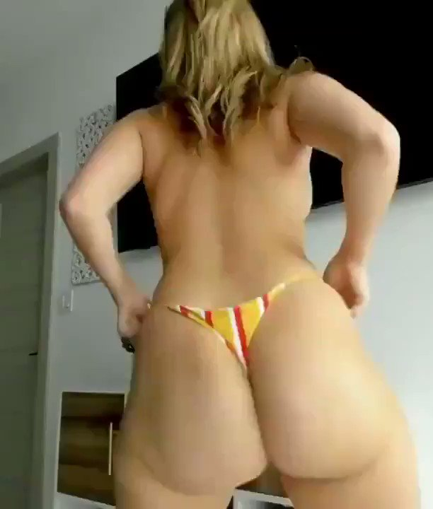 MomsGoneBad - 38 years old milf got some moves