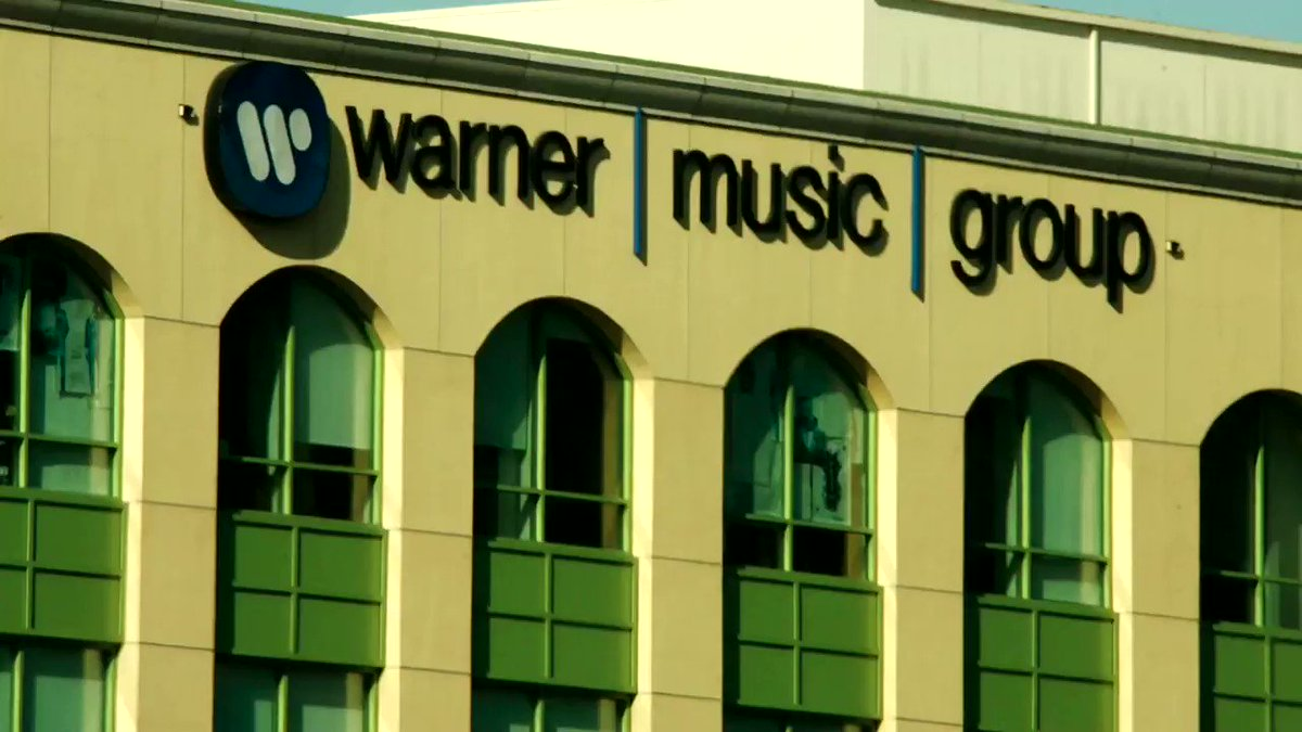 Warner Music Group, the world's third-largest recording label, sold more shares than originally planned to raise $1.93 billion in the biggest U.S. listing so far in 2020 https://t.co/7xdLP23RW9 https://t.co/LVxMr3Sh8d