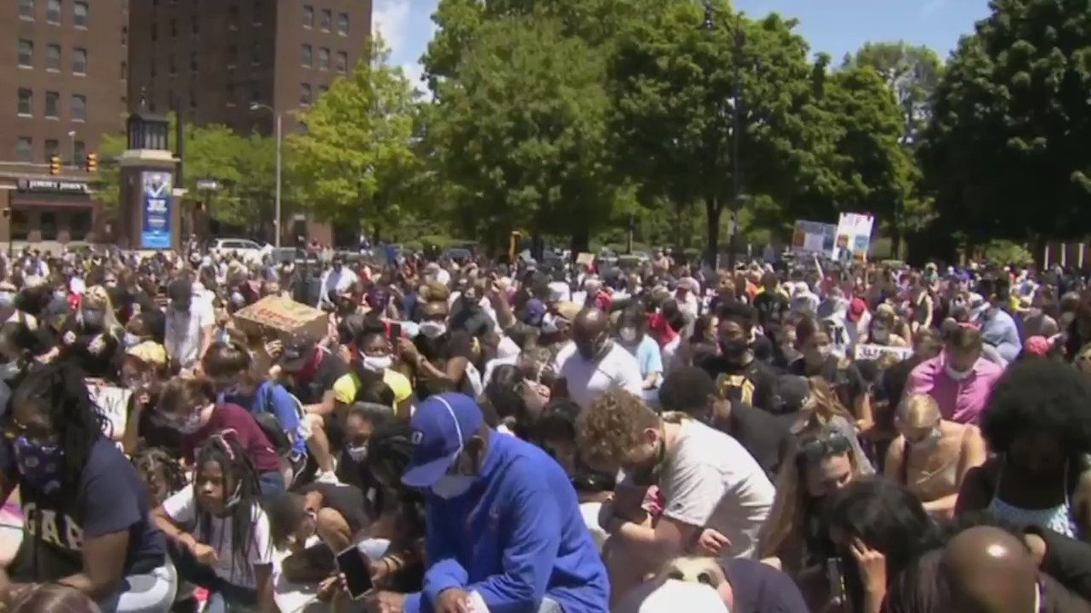 #WATCH: Erie takes a knee in downtown's Perry Square during Saturday's silent march and protest in memory of George Floyd. pic.twitter.com/hZiKIaehui
