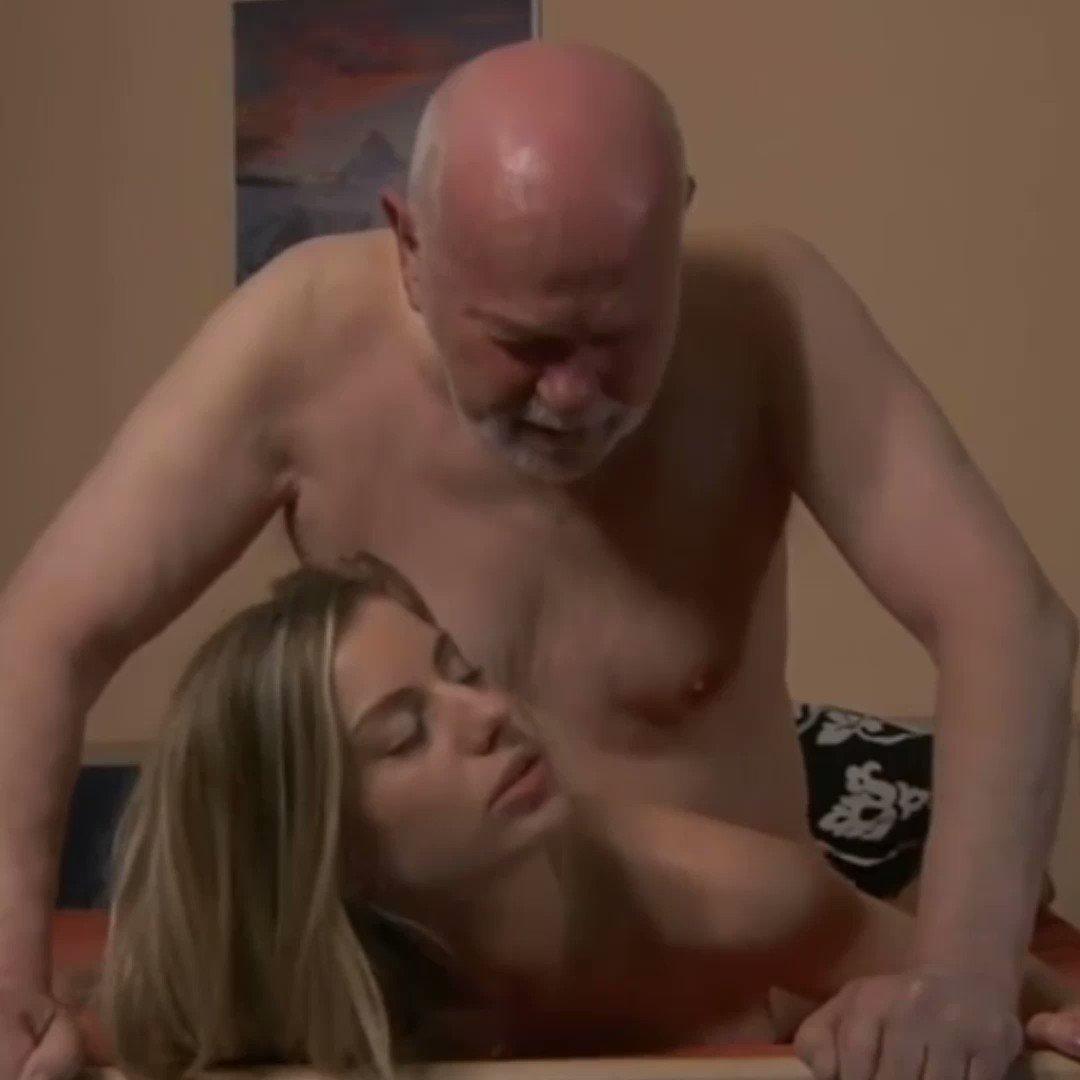 Kadıköy Olgun Escort Pornosu