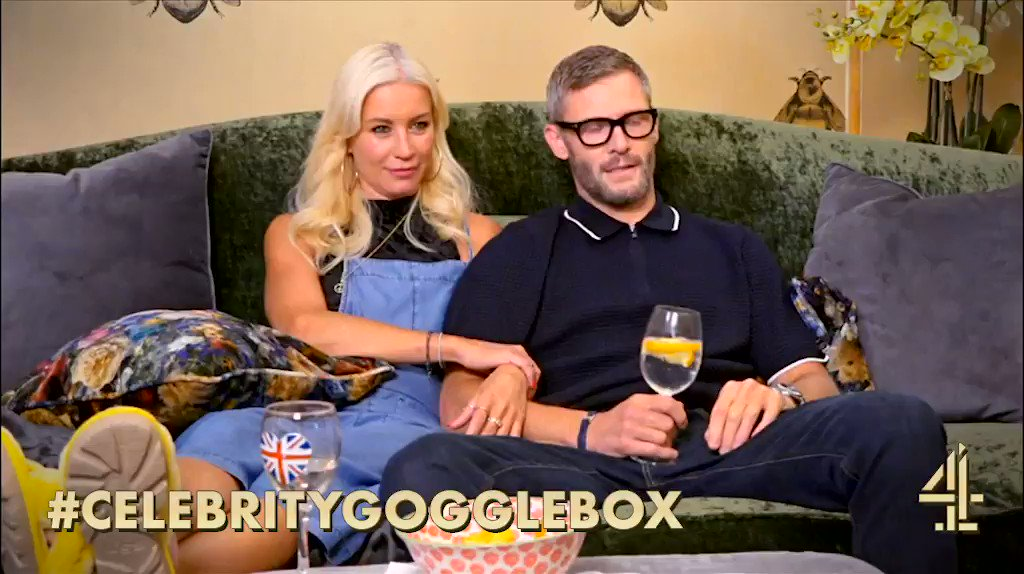 When ice is essential but also so annoying… #CelebrityGogglebox