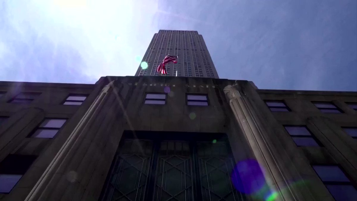 New York City's @EmpireStateBldg won't welcome visitors until next month, but the city's reopening allows some office tenants back in, where they will face a new normal https://t.co/uRhu9rZQTG