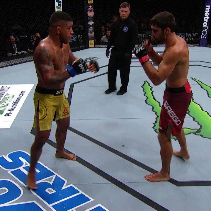 ONE PUNCH POWER! 🤯 @GilbertDurinho #InAbuDhabi @VisitAbuDhabi #UFC251