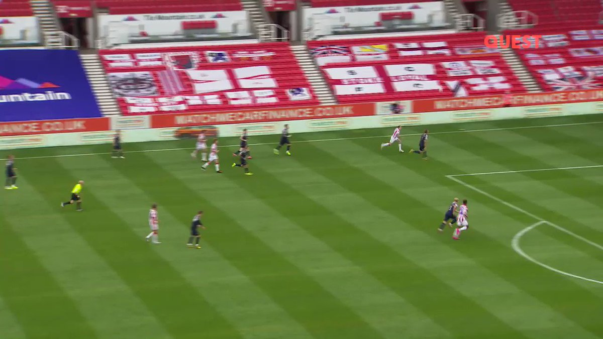 🤯😍 @TyreseKCampbell stop it! The @stokecity youngster produces a sublime improvised finish 🥜 #EFLonQuest - Saturdays at 9pm #EFL #SCFC