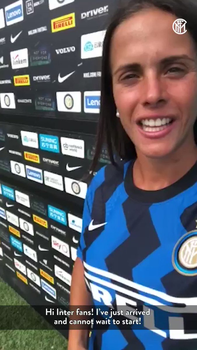🤳 | SALUTO  Il primo saluto di Flaminia agli #InterFans!  #InterWomen #WelcomeFlaminia https://t.co/cTNTW2diQn