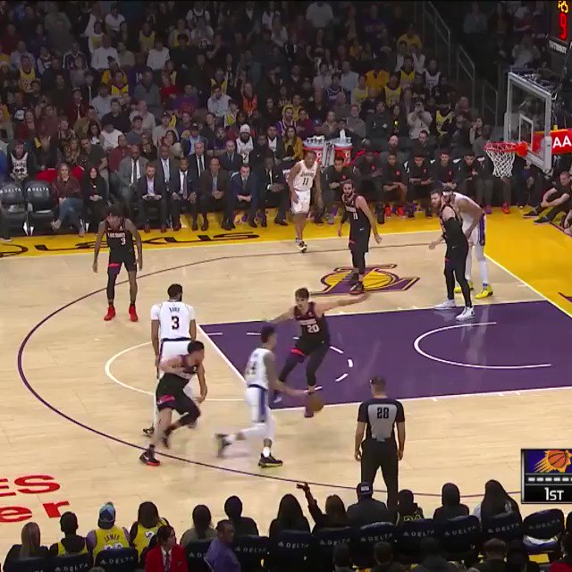 ⬆️⬇️   Check out the BEST alley-oops of the 2019-20 season so far before NBA Restart begins July 30th! #WholeNewGame https://t.co/YNTznJAAUd