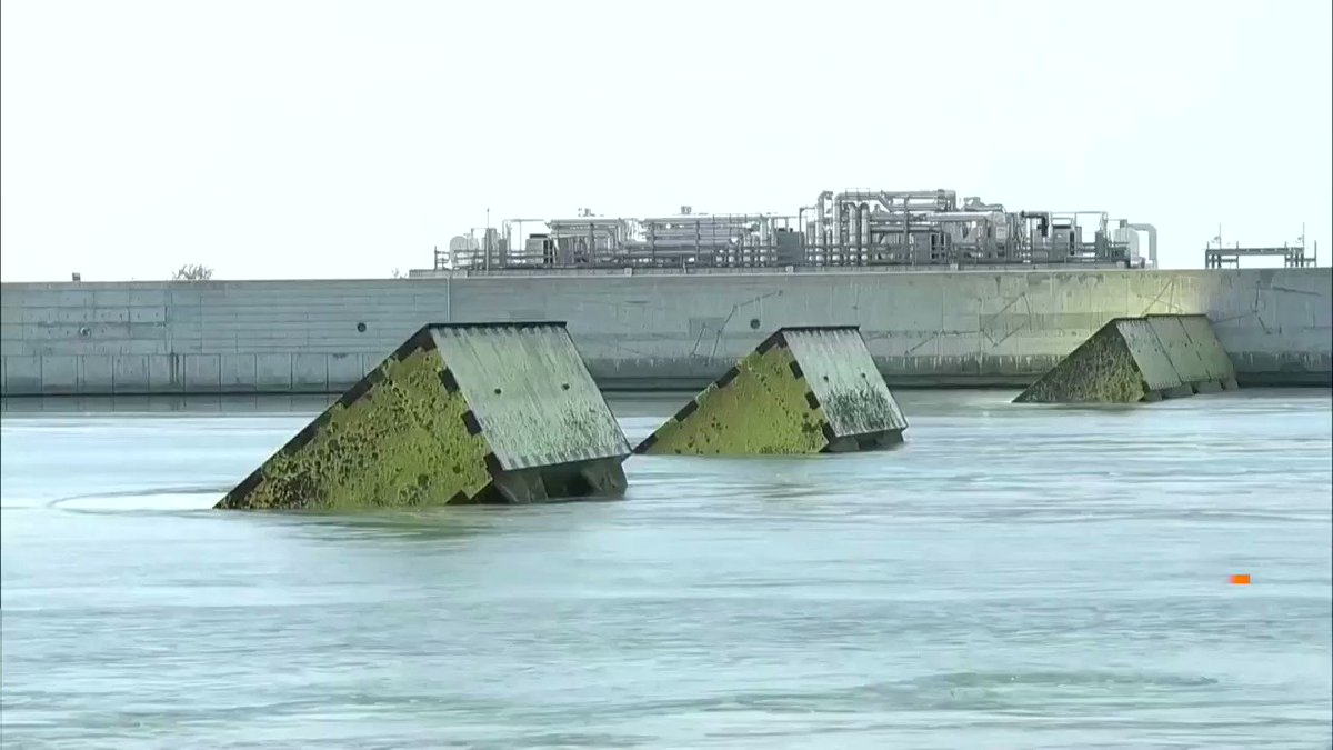 Venice tests its flood barrier to protect the city from high tides