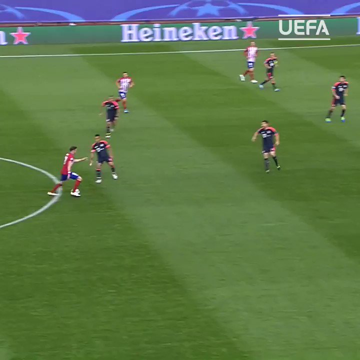 Bayern 🆚 Atlético   Memories of this @saulniguez stunner 🥰  #UCL | @atletienglish https://t.co/1Rh3tuLgZK