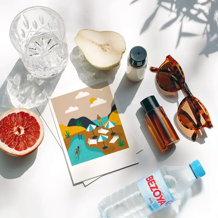 ¿Imprescindibles del verano? Gafas de sol, crema, fruta y lo más importante, #agua. Te recordamos la importancia de estar hidratado con la llegada del calor, te sentará genial. https://t.co/rqtGQtulAt