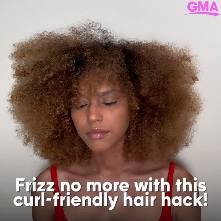 Learn @MonaeArtistry's take on a classic way to add frizz-free moisture to your curls!