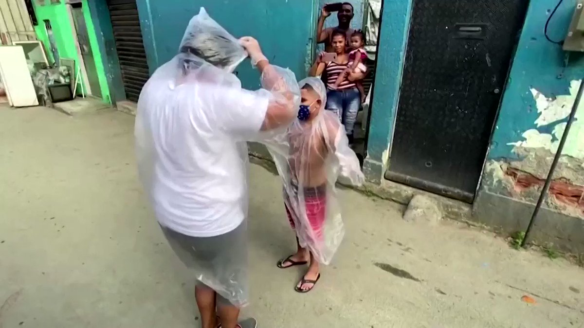 WATCH: A teacher in Brazil is visiting her students stuck at home with 'hug kits,' providing protective clothing, masks and candy to sweeten the experience https://t.co/Qj5exp95QX