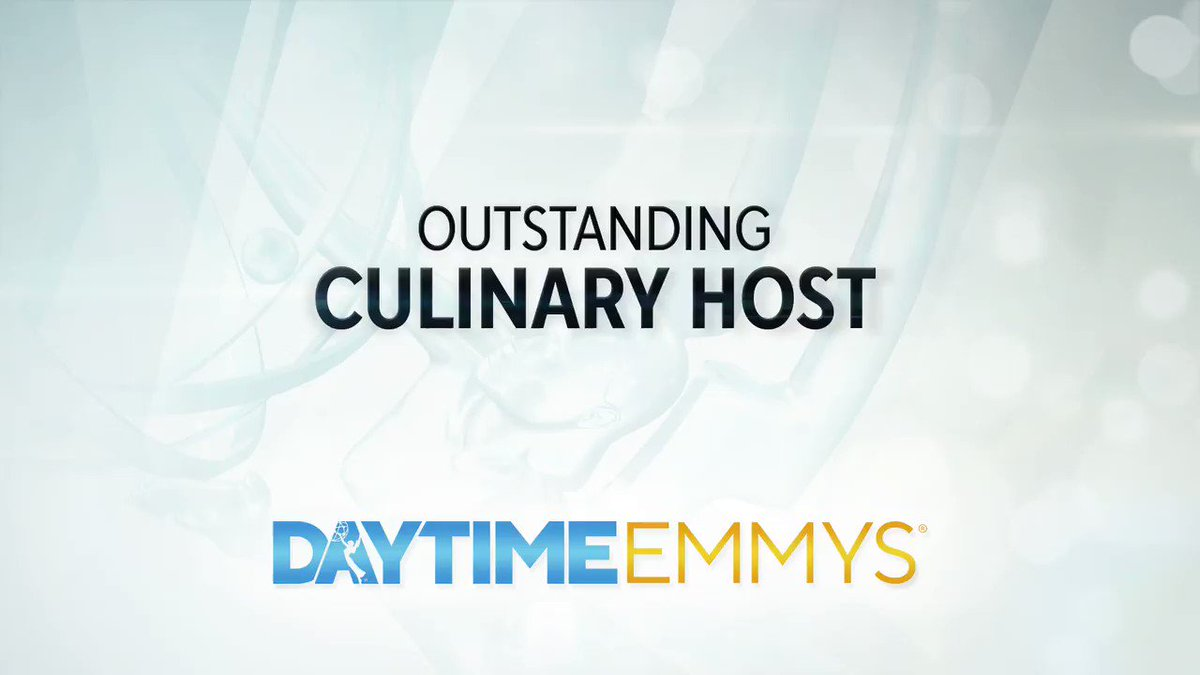 The #DaytimeEmmys Award for Outstanding Culinary Host goes to... Giada De Laurentiis │ @GDeLaurentiis @FoodNetwork