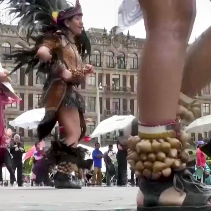 WATCH: A traditional Aztec ceremony was held in Mexico City to mark the 695th anniversary of the founding of the lost city of Tenochtitlan - the former Aztec capital https://t.co/inkwsJkYc5