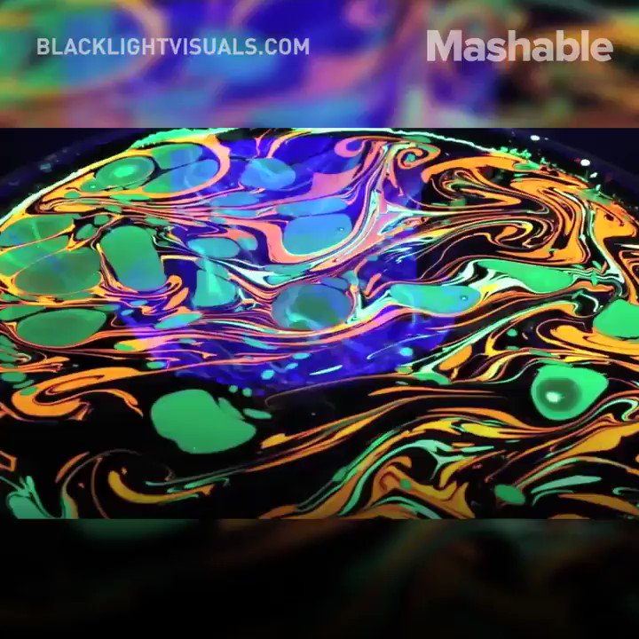 Forget body painting—body marbling turns your skin into a psychedelic work of art