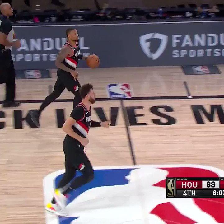 Dame heating up with the step-back three 💦  (via @NBA) https://t.co/UwMA4Ic4F9