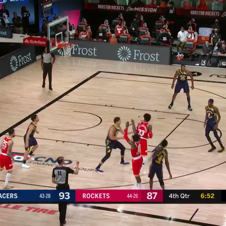 this one's automatic for @dougmcdermott ✅  #INDvsHOU x #IndianaStyle https://t.co/9wIDqQ0HuF
