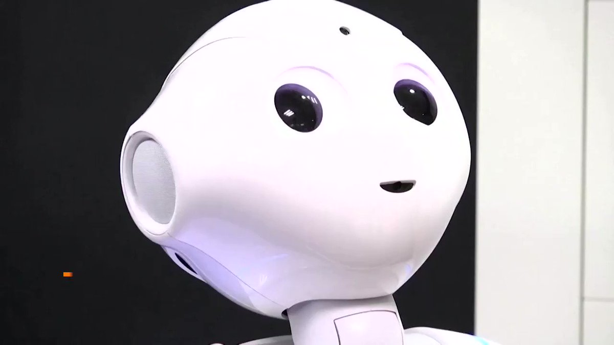 Image for the Tweet beginning: A polite robot reminds people