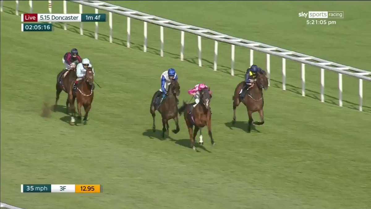 Away He Goes! The final winner of the week at @DoncasterRaces, and the easiest too! Easy does it, @JimCrowley1978...
