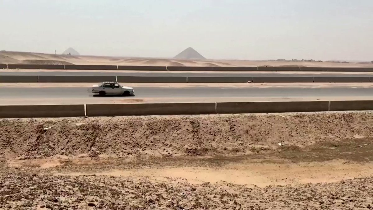 Work has resumed on two highways across the pyramids plateau outside Cairo, as part of ambitious plans championed by President Abdel Fattah al-Sisi to build a new capital city https://t.co/vRrGSnqqje https://t.co/GvISspCdvf