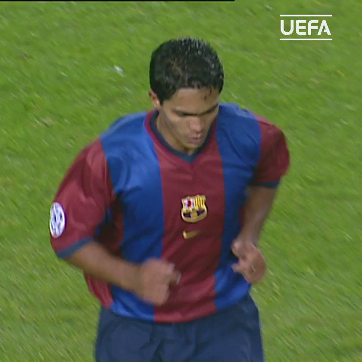 🔵🔴 #OTD in 1998, 18-year-old Xavi Hernández makes his Champions League debut...  @FCBarcelona | #UCL https://t.co/El3rT8HY7U