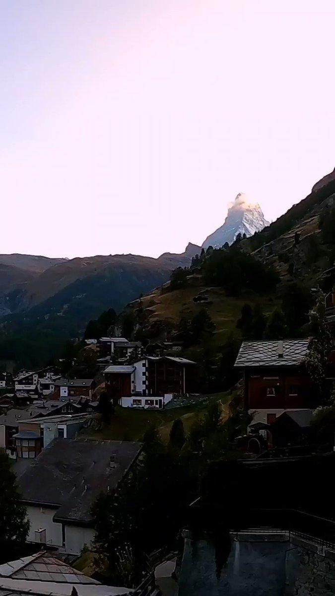 The mighty #Matterhorn has a magical draw... We couldn't resist watching it from dusk until dawn! 😍  #zermattmatterhorn #tobleronemountain #zermatt #valaiswallis #switzerland