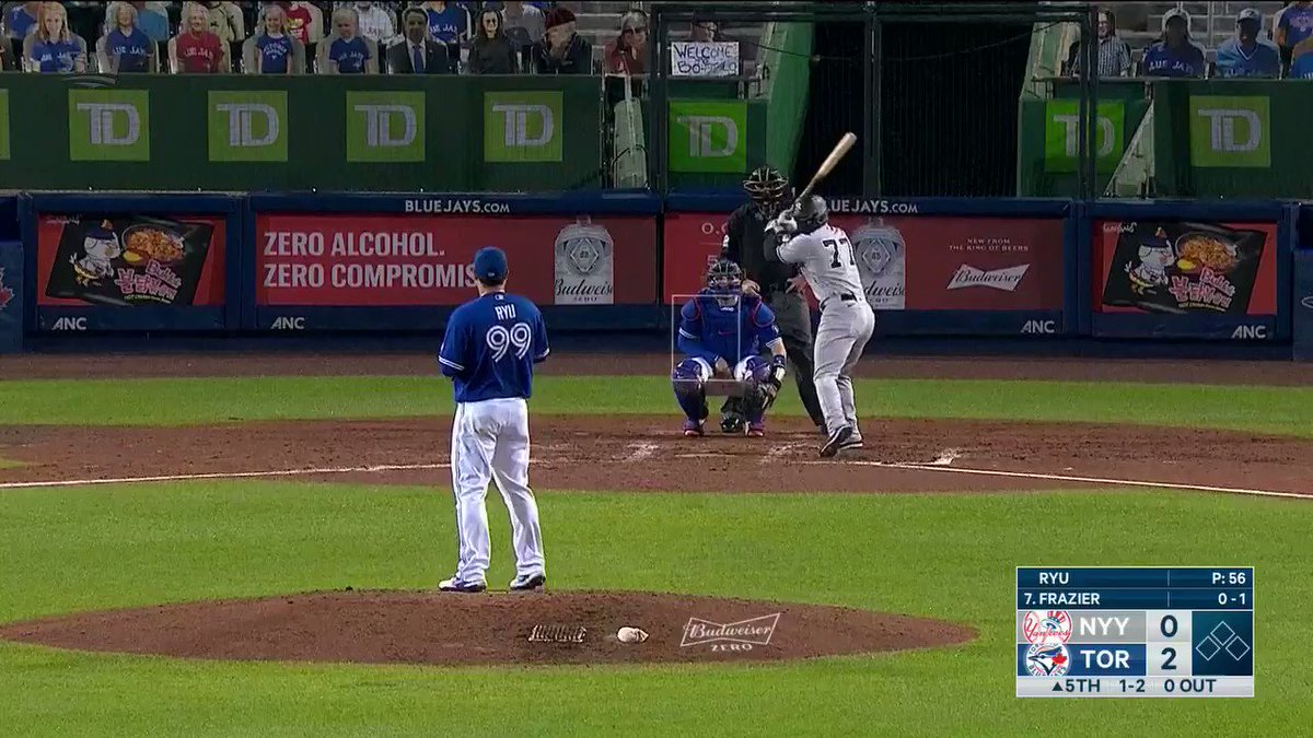 Oh wow. Hyun-jin Ryu's curveball is just 😚👌 Watch the @BlueJays on SN + SN NOW. #BlueJaysOnSN