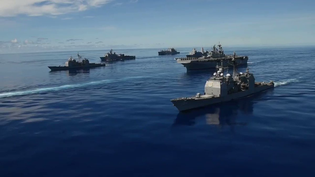 """Exercise #ValiantShield concludes in the #PhilippineSea, demonstrating ...our nation's steadfast commitment to the Western Pacific and our allies in the region,"""" - Capt. Pat Hannifin, CO #USSRonaldReagan (CVN 76). #FreeAndOpenIndoPacific DETAILS: ⬇️ go.usa.gov/xGpWj"""
