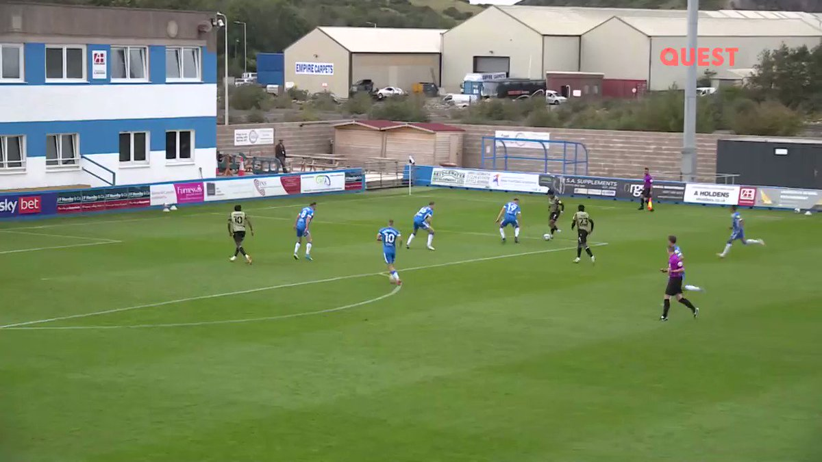 Rifled into the top corner by @ColU_Official's @noahchilvers10 🎯💨 #EFLonQuest - Saturdays at 9pm #ColU Stream on dplay: bit.ly/EFLonQuest2