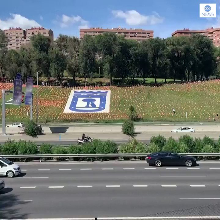 VICTIMS HONORED: More than 50,000 Spanish flags placed at a Madrid park in tribute to the victims of the coronavirus pandemic in Spain. https://t.co/msBbjIKVAD https://t.co/aP0e93eA8O