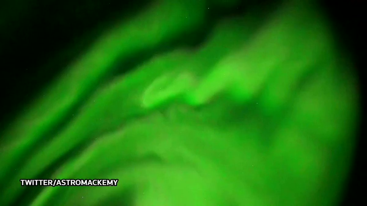Eyewitness films Northern Lights illuminating over Norway https://t.co/NTP2nyaDM1