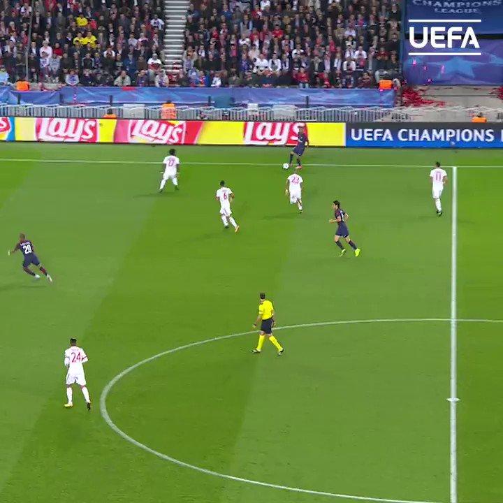 🇺🇾 'El Matador' Edinson Cavani has now scored 3⃣5⃣0⃣ goals in his European club career 👏  ⚽️2⃣0⃣0⃣ Paris  ⚽️1⃣0⃣4⃣ Napoli ⚽️0⃣3⃣7⃣ Palermo  ⚽️0⃣0⃣9⃣ Manchester United  @ECavaniOfficial | #UCL https://t.co/M6dtjzjQiF