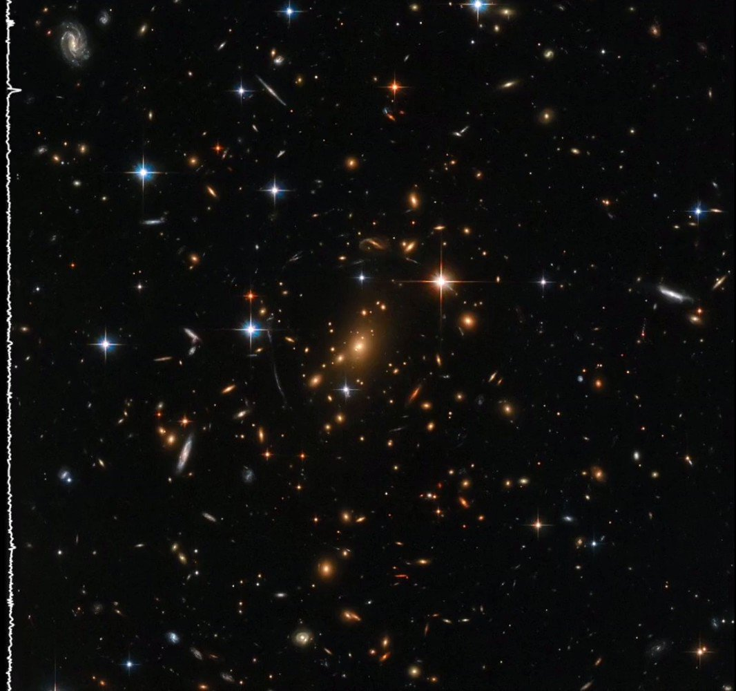 Hubble brings us stunning cosmic sights, but images can be experienced with other senses as well! Though there's no sound in space, assigning pitches to stars & galaxies in this image provides a new way to conceptualize its data. More sonifications here: go.nasa.gov/2GxRZln