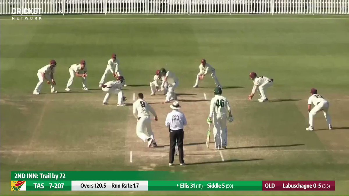 Golden-arm Marnus again! And great catch Khawaja! Seven overs left in the match and Queensland still need one Tassie wicket! #SheffieldShield Watch the thrilling finish here: cricketa.us/Shield2021-01