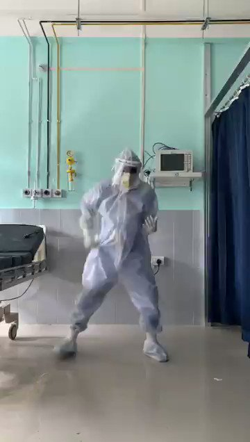 #WATCH: A doctor at Silchar Medical College dances to the tune of a Bollywood number in a COVID ward. #Assam
