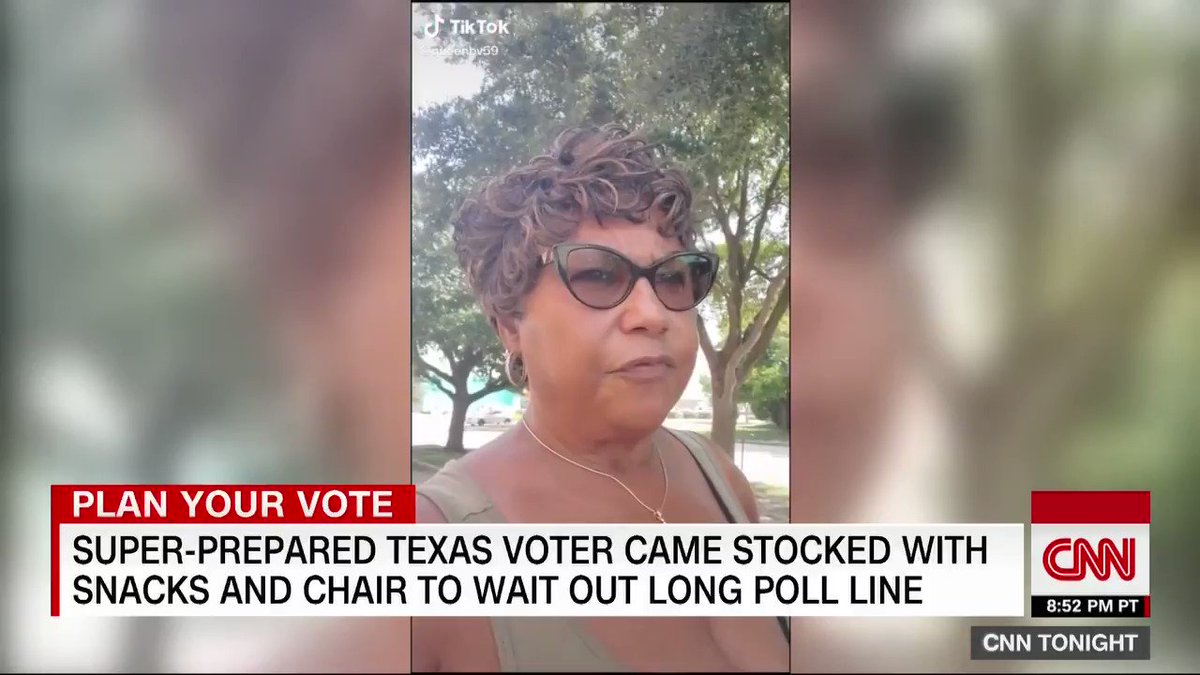 Image for the Tweet beginning: Super-prepared Texas voter becomes social