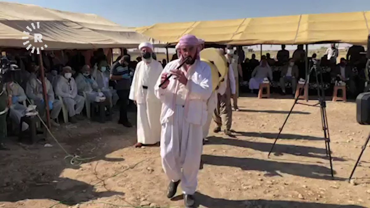 Traditional Yezidi musicians lead the way as exhumation of a mass grave of victims of the Islamic State (ISIS) begins in Solagh, in the Shingal region of Iraq's Nineveh province. Follow our live blog: rudaw.net/english/middle…