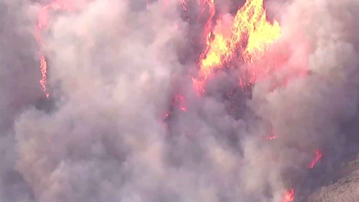 Tens of thousands of homes were ordered evacuated in Orange County, California, ahead of a wildfire, the Orange County Fire Authority said in an alert to residents https://t.co/960wfWzlMB https://t.co/Xu4x4gXbAv