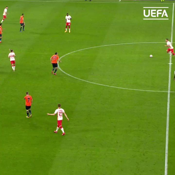 🔥 Leipzig left-back Angeliño finishing like a striker! #UCL | @RBLeipzig_EN