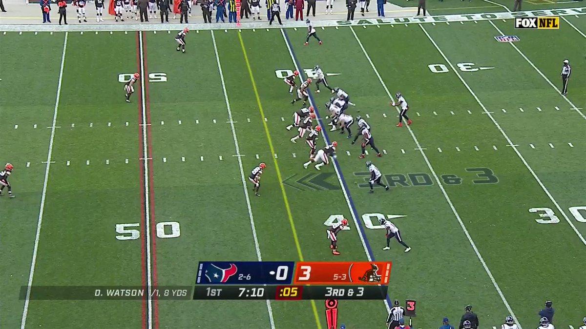 .@MylesLGarrett earns his league-leading 10th sack of the season. #Browns  📺: #HOUvsCLE on FOX 📱: NFL app // Yahoo Sports app: