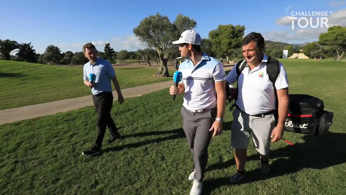 Father & Son 👨👦  @MelinhoGolf will fight for his second #GrandFinal title with his Dad on the bag this week.   #RoadtoMallorca