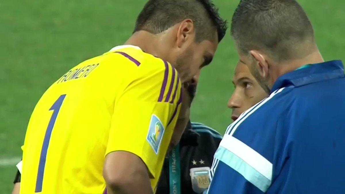 Voz en off de intensidad, @Argentina y @Mascherano. El resultado es el que es. Chapeau!