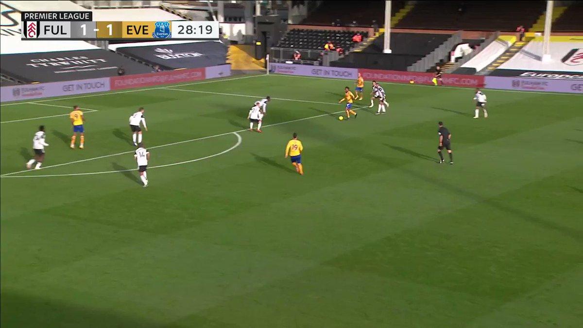 Dominic Calvert-Lewin's league leading 10th goal of the season against Fulham 🎯  🎥: @NBCSportsSoccer
