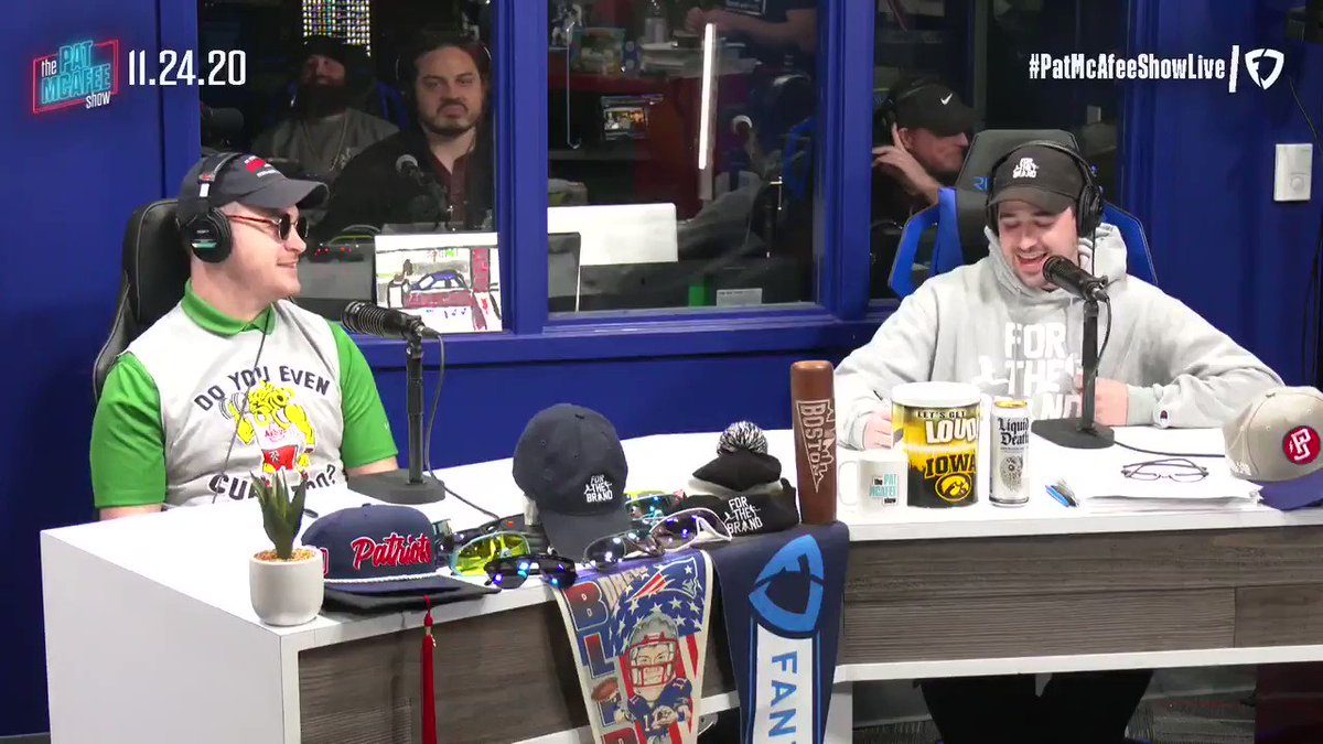"""""""I've known Vrabes for a while & I think he'd have the advantage on MANY other coaches""""  @AaronRodgers12 on @CoachVrabel50 #PatMcAfeeShowLIVE"""