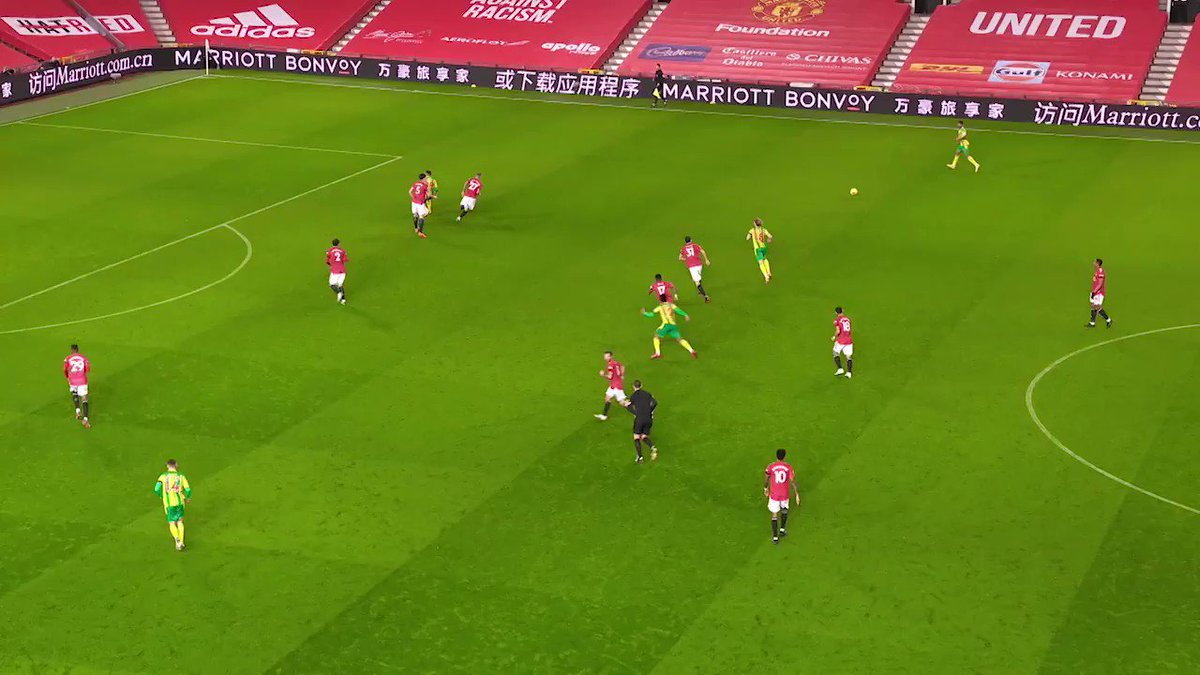 Manchester United'ın İspanyol file bekçisi David de Gea'nın, 1-0 kazandıkları West Brom maçında sol ayağıyla yaptığı bu kurtarış, Premier League'de 9. haftanın en güzel kurtarışları arasında yer aldı. #MUNWBA