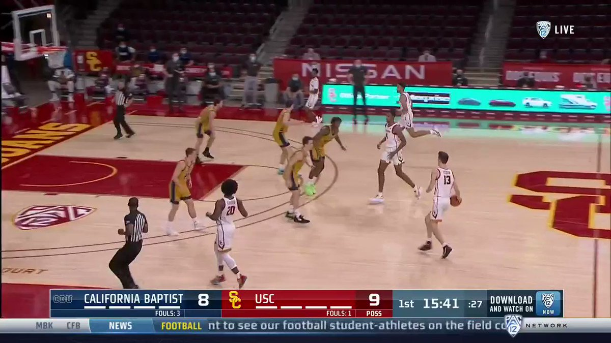 Alley-oop @evan_mobley7 alllll day long.  📺: @Pac12Network