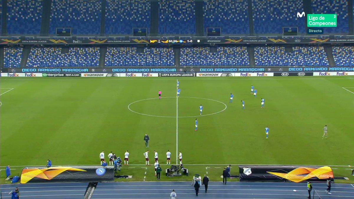 La coreografía del Rijeka. Cosas de la Europa League. #LaCasadelFútbol
