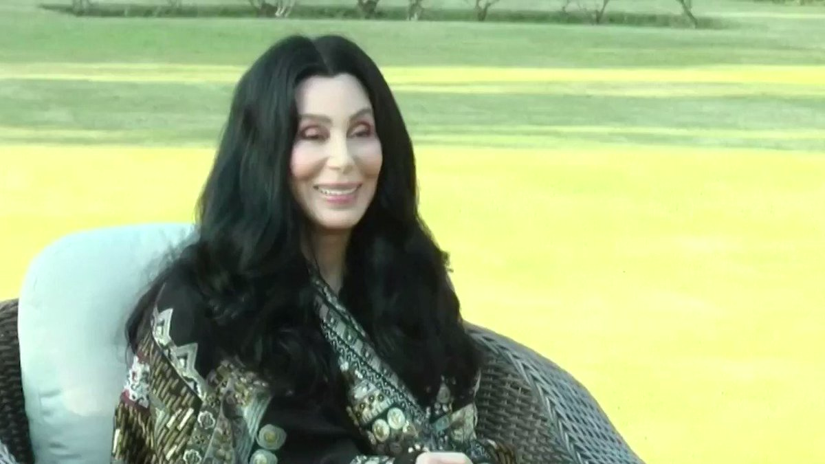 American singer Cher arrived in Pakistan to send off elephant Kaavan, she worked to free