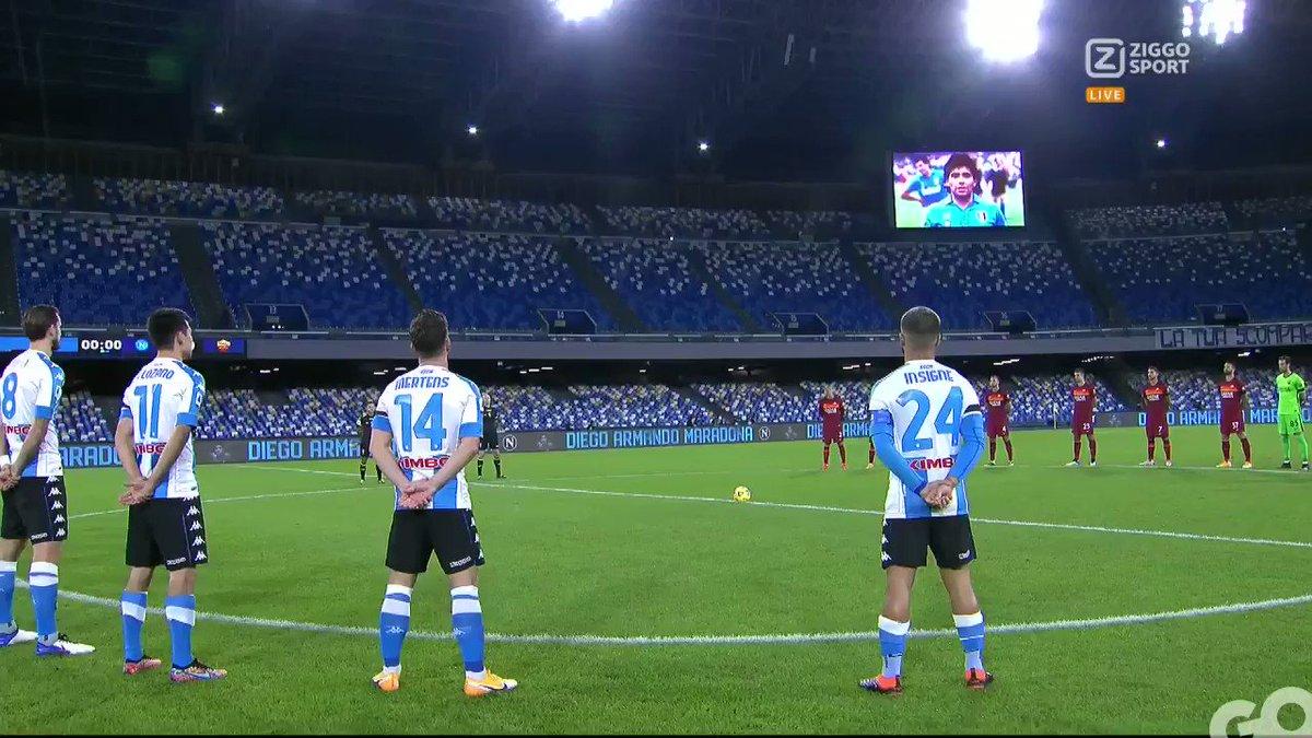 Diego ♾  Napoli draagt vandaag voor het eerst het 4e tenue, waarmee een ode wordt gebracht aan Diego Maradona 🙏  #ZiggoSport #Napoli #Maradona
