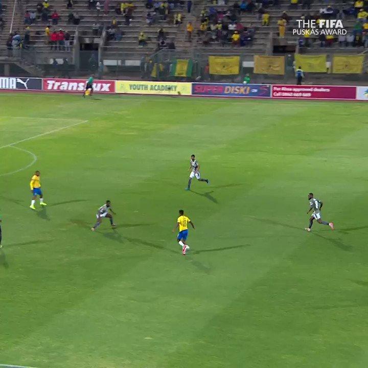 ⚽ 🇿🇦 @Hlompho_Kekana: Traumtor aus 30 Metern  Dieser Treffer hat den FIFA #Puskas-Preis verdient? Dann stimmt jetzt ab!  #TheBest | #FIFAFootballAwards | @Masandawana